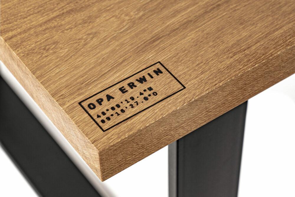 OPA ERWIN Esstisch No. 1 Ortskoordinaten Baum Eiche Mondholz Detail-2